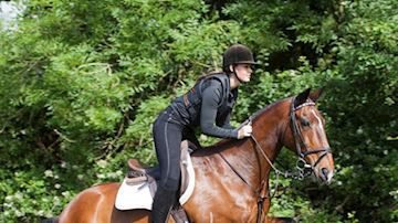 Holly Osborne riding Barney